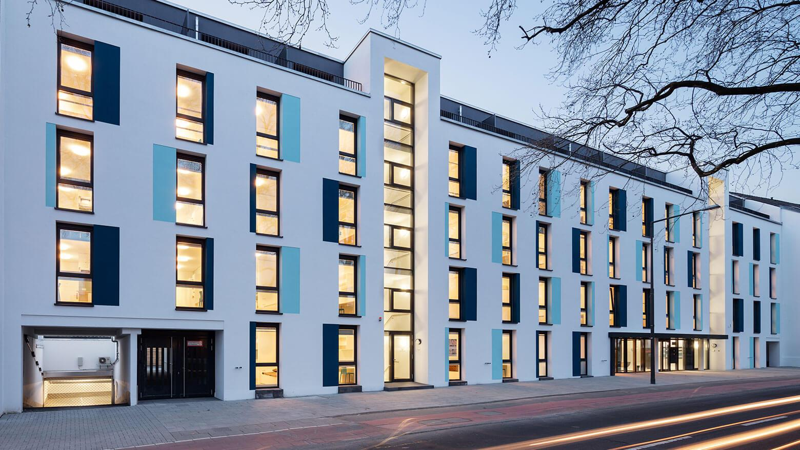 Fully quipped student apartments middle in Cologne